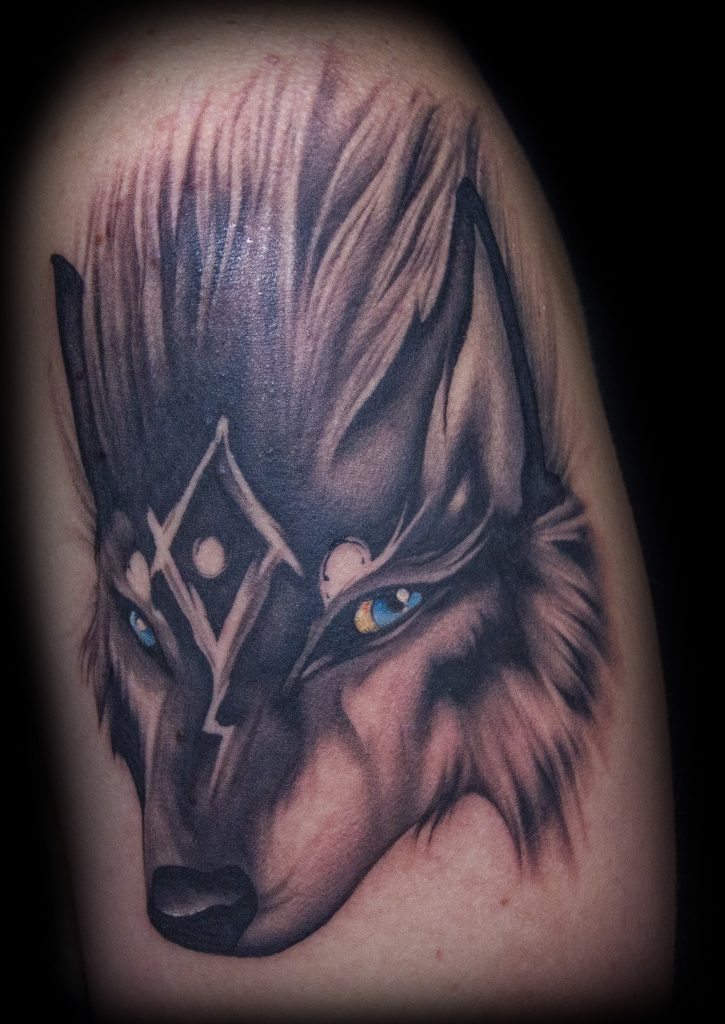 Emily Graven Tattoo Artist black and grey gamer wolf